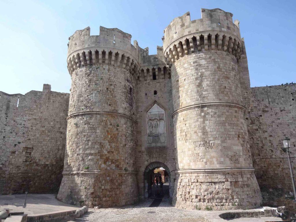 Une des entrées de la ville médiévale de Rhodes